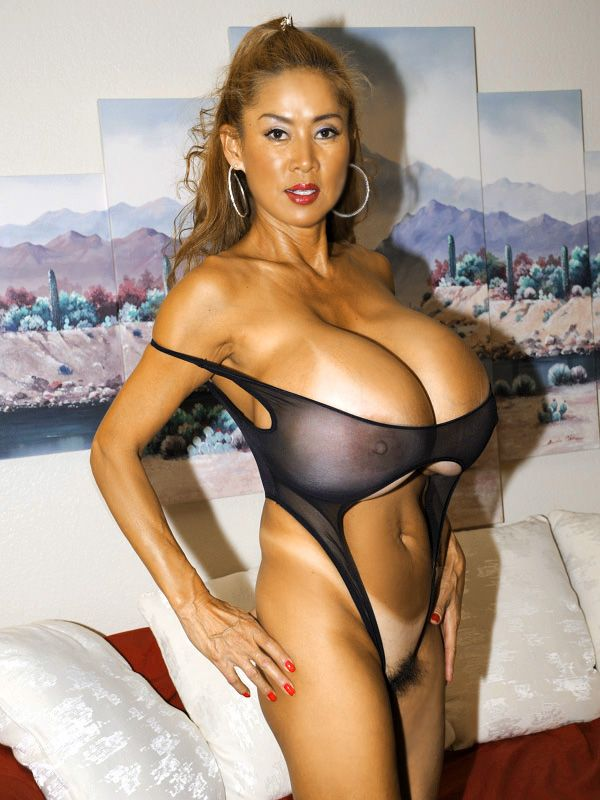 Minka XXX – Big Tits Diary